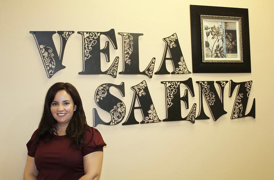 Dr. Deyanira Vela Saenz